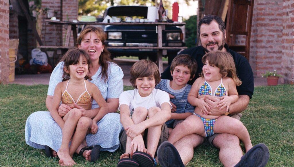 """Foto en familia, Enero 2000 un mes después de tomar """"la decisión"""""""